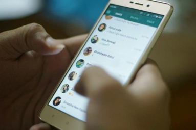WhatsApp Limits Forward Messages to 5 Chats Globally